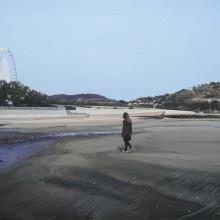 八太栄里/Eri Hatta《さみしいうみべ/the lonely seaside》